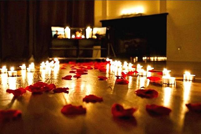 Как украсить квартиру на 14 февраля - Цветы